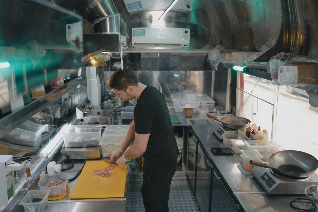 food truck rentals - food truck builders